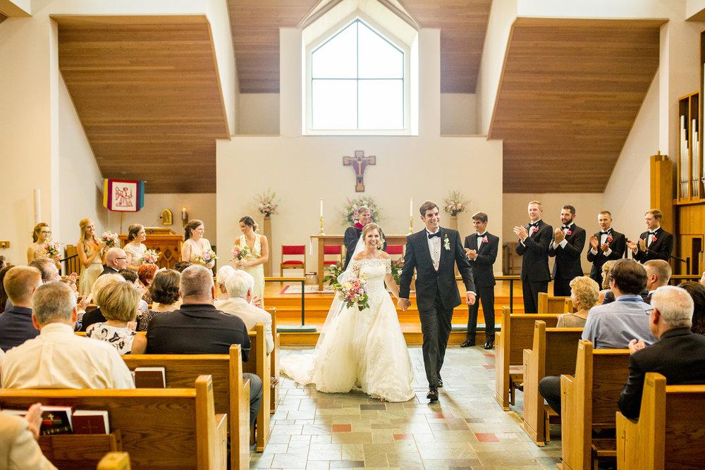 Seriously_Sabrina_Photography_Lexington_Kentucky_Wedding_Marriott_Griffin_Gate_Boersma100.jpg