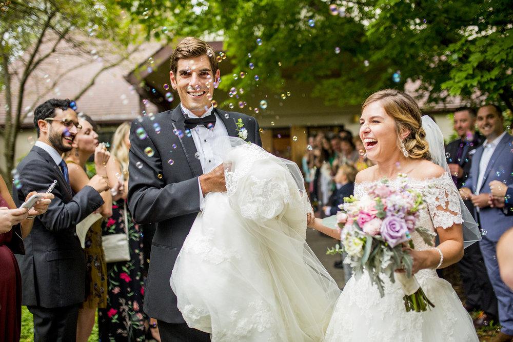 Seriously_Sabrina_Photography_Lexington_Kentucky_Wedding_Marriott_Griffin_Gate_Boersma107.jpg