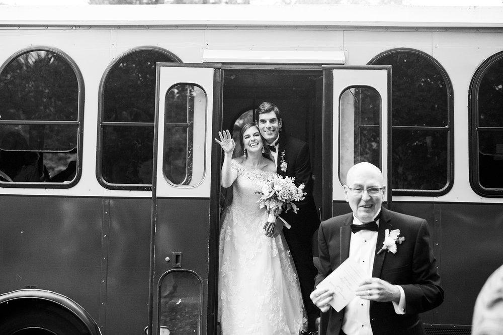 Seriously_Sabrina_Photography_Lexington_Kentucky_Wedding_Marriott_Griffin_Gate_Boersma111.jpg