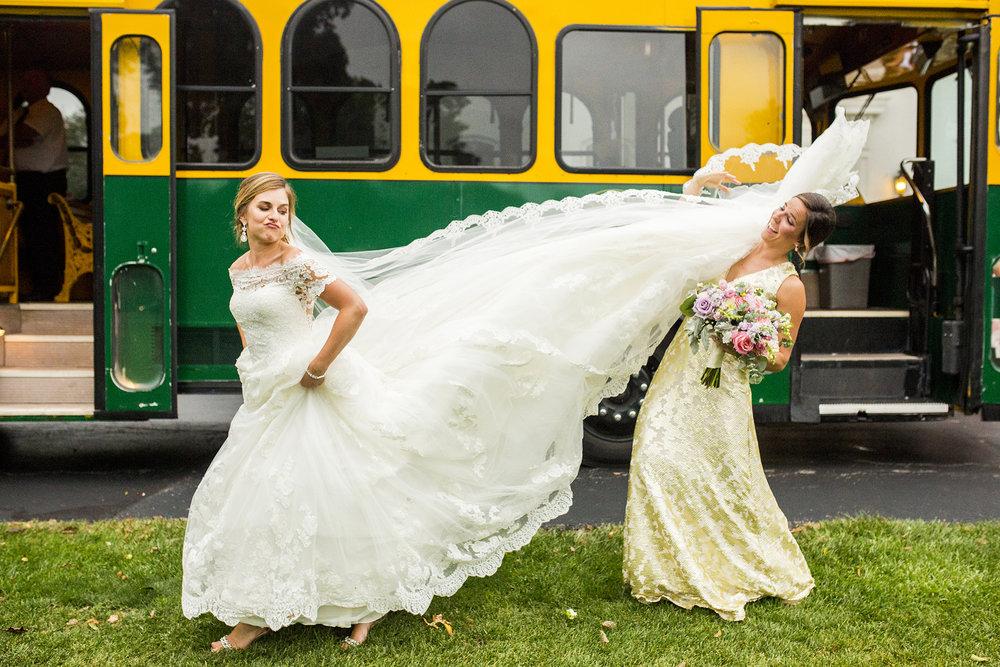 Seriously_Sabrina_Photography_Lexington_Kentucky_Wedding_Marriott_Griffin_Gate_Boersma118.jpg