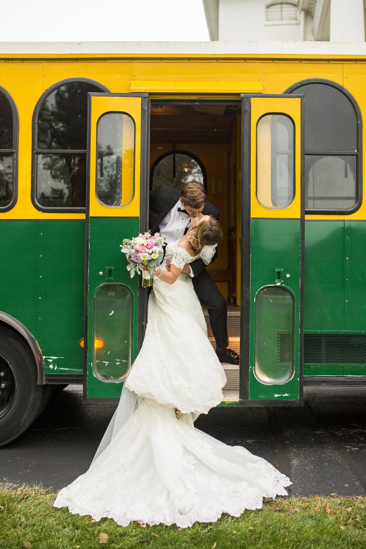 Seriously_Sabrina_Photography_Lexington_Kentucky_Wedding_Marriott_Griffin_Gate_Boersma121.jpg
