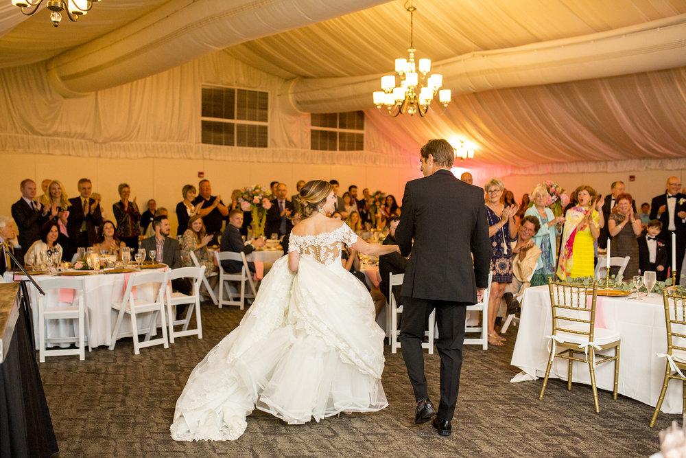 Seriously_Sabrina_Photography_Lexington_Kentucky_Wedding_Marriott_Griffin_Gate_Boersma136.jpg