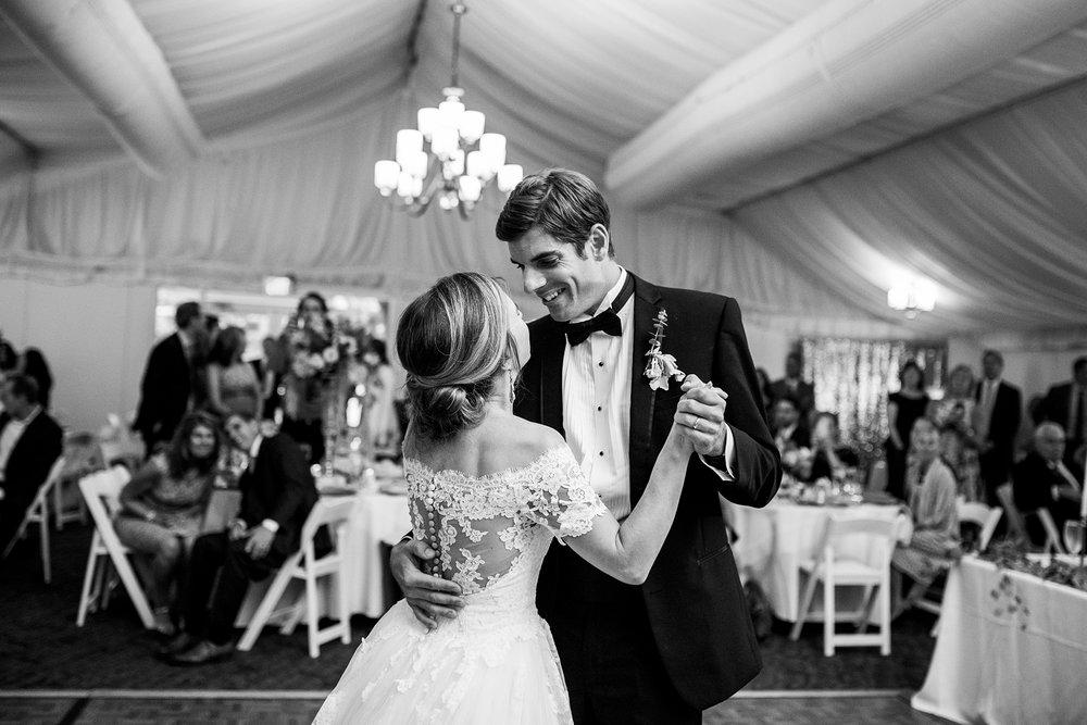Seriously_Sabrina_Photography_Lexington_Kentucky_Wedding_Marriott_Griffin_Gate_Boersma139.jpg