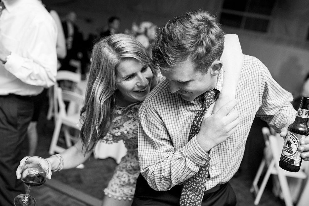 Seriously_Sabrina_Photography_Lexington_Kentucky_Wedding_Marriott_Griffin_Gate_Boersma171.jpg