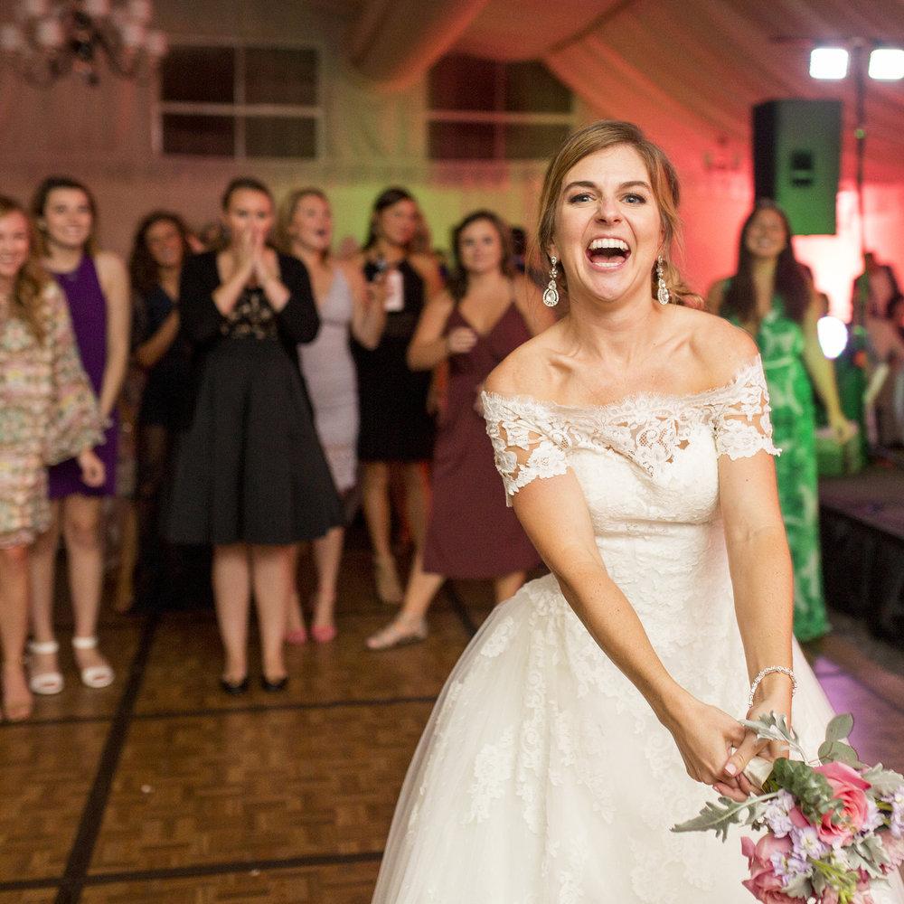 Seriously_Sabrina_Photography_Lexington_Kentucky_Wedding_Marriott_Griffin_Gate_Boersma175.jpg