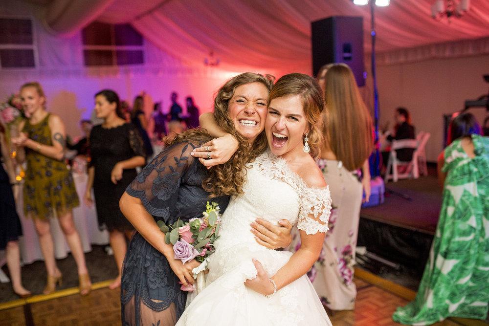 Seriously_Sabrina_Photography_Lexington_Kentucky_Wedding_Marriott_Griffin_Gate_Boersma176.jpg