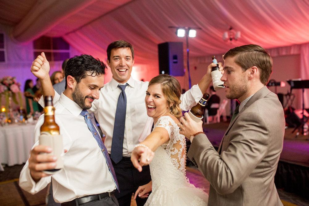 Seriously_Sabrina_Photography_Lexington_Kentucky_Wedding_Marriott_Griffin_Gate_Boersma185.jpg