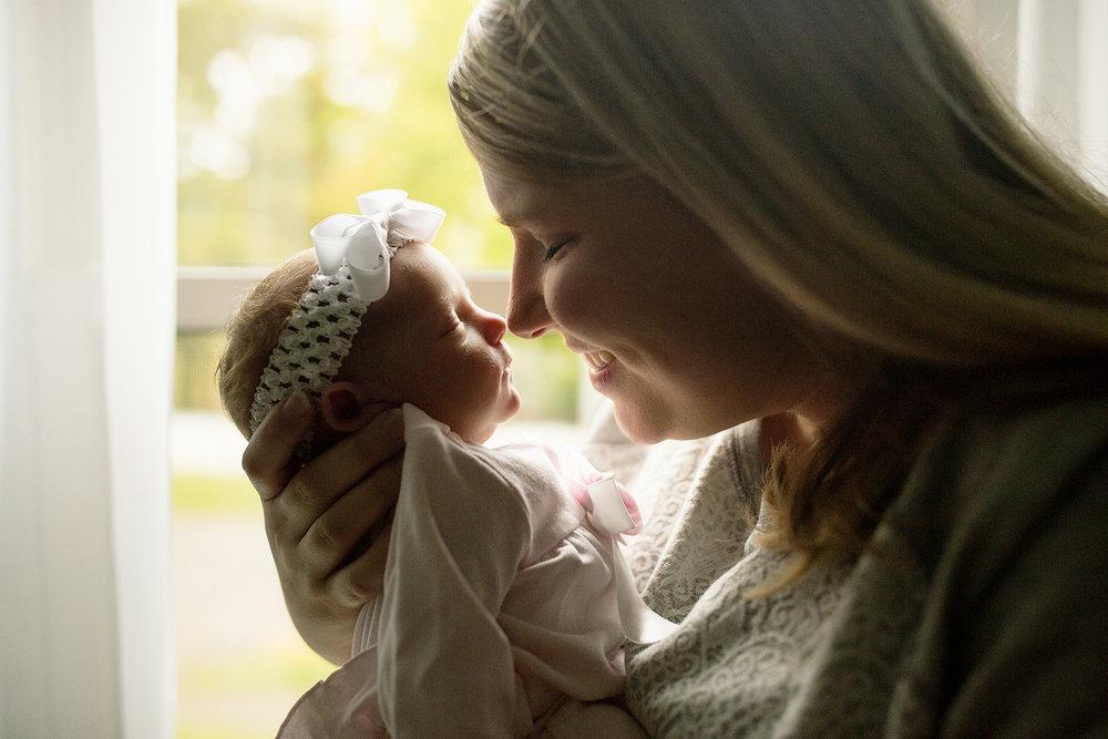 Seriously_Sabrina_Photography_Lexington_Kentucky_Newborn_Photographer_Crane11.jpg