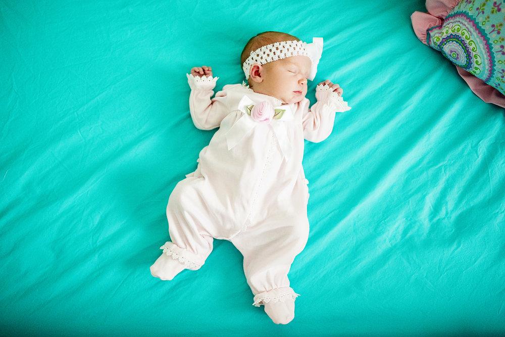 Seriously_Sabrina_Photography_Lexington_Kentucky_Newborn_Photographer_Crane15.jpg