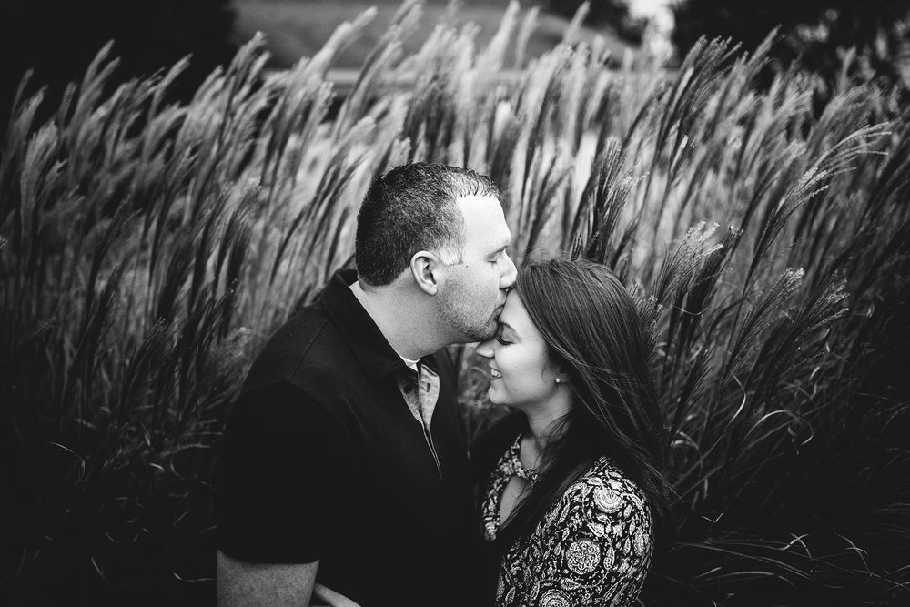 Seriously_Sabrina_Photography_Lexington_Kentucky_Seven_Acre_Farm_Engagement_JN27.jpg