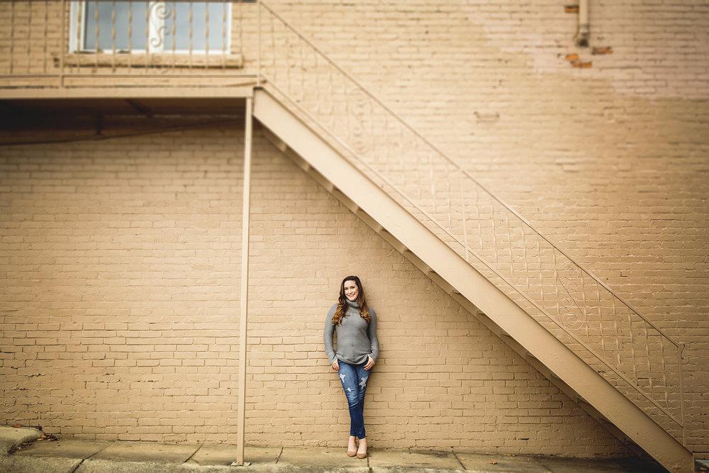 Seriously_Sabrina_Photography_Ashland_Kentucky_Fashion_Blogger_Portraits_LaurenFannin13.jpg