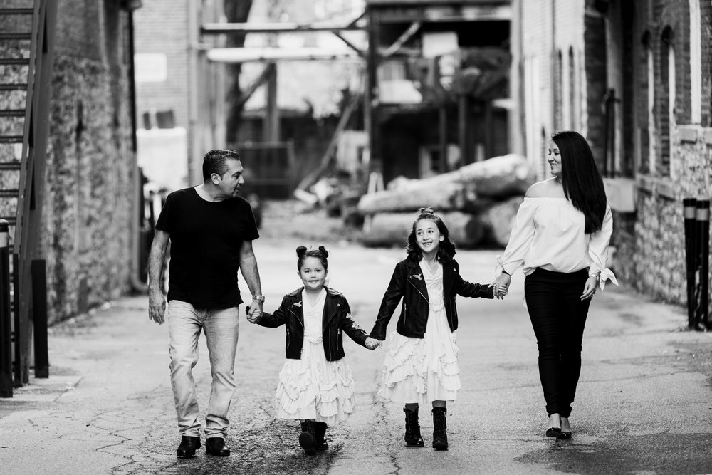 Seriously_Sabrina_Photography_Lexington_Kentucky_Family_Industrial_UK_Downtown_Adamany14.jpg