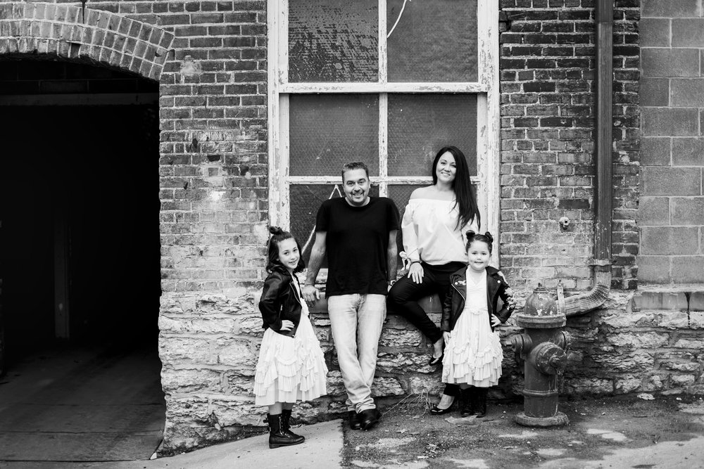 Seriously_Sabrina_Photography_Lexington_Kentucky_Family_Industrial_UK_Downtown_Adamany19.jpg