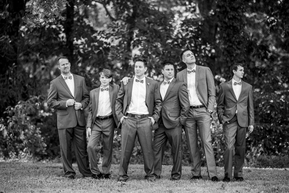 Seriously_Sabrina_Photography_Bowling_Green_Kentucky_Highland_Stables_Wedding_Wolff35.jpg