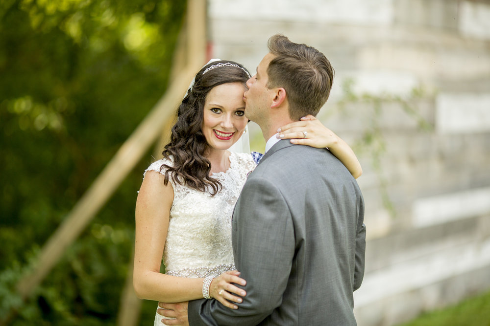 Seriously_Sabrina_Photography_Bowling_Green_Kentucky_Highland_Stables_Wedding_Wolff54.jpg