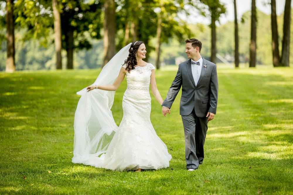 Seriously_Sabrina_Photography_Bowling_Green_Kentucky_Highland_Stables_Wedding_Wolff51.jpg