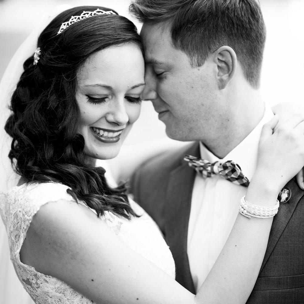 Seriously_Sabrina_Photography_Bowling_Green_Kentucky_Highland_Stables_Wedding_Wolff56.jpg