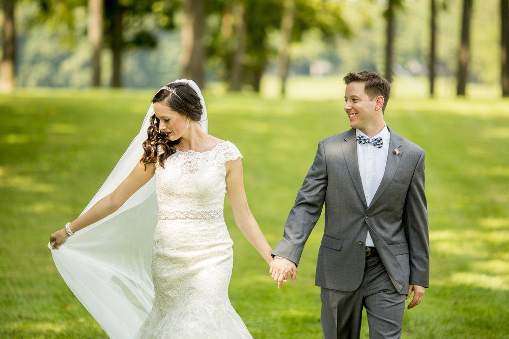 Seriously_Sabrina_Photography_Bowling_Green_Kentucky_Highland_Stables_Wedding_Wolff55.jpg