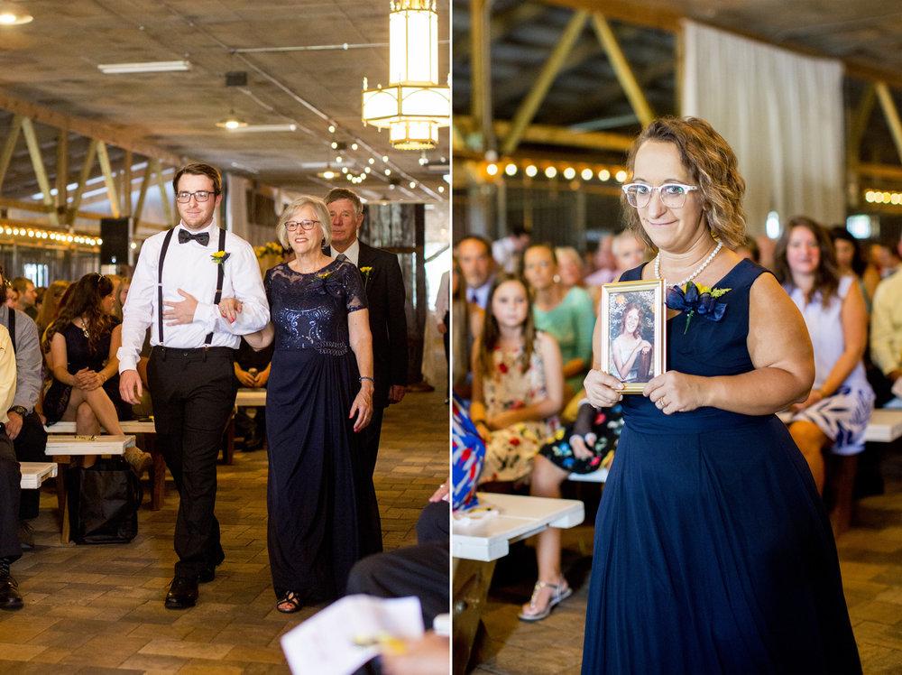 Seriously_Sabrina_Photography_Bowling_Green_Kentucky_Highland_Stables_Wedding_Wolff80.jpg