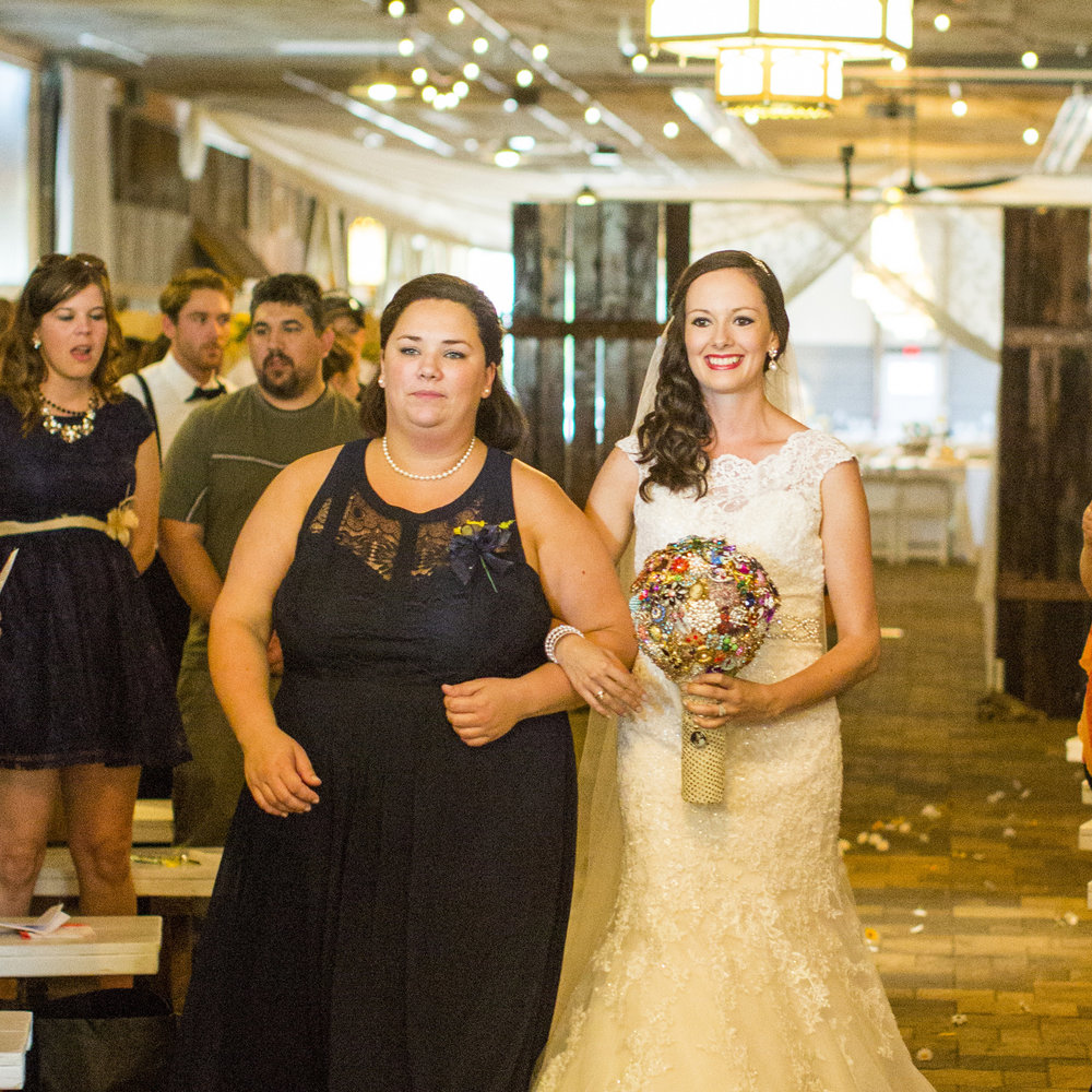 Seriously_Sabrina_Photography_Bowling_Green_Kentucky_Highland_Stables_Wedding_Wolff90.jpg