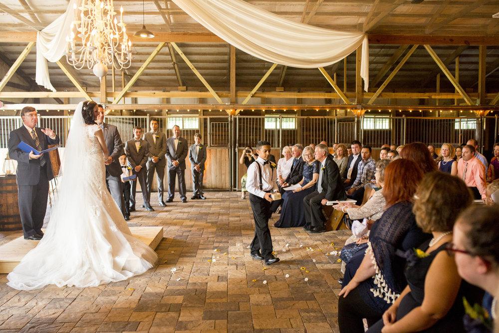 Seriously_Sabrina_Photography_Bowling_Green_Kentucky_Highland_Stables_Wedding_Wolff94.jpg