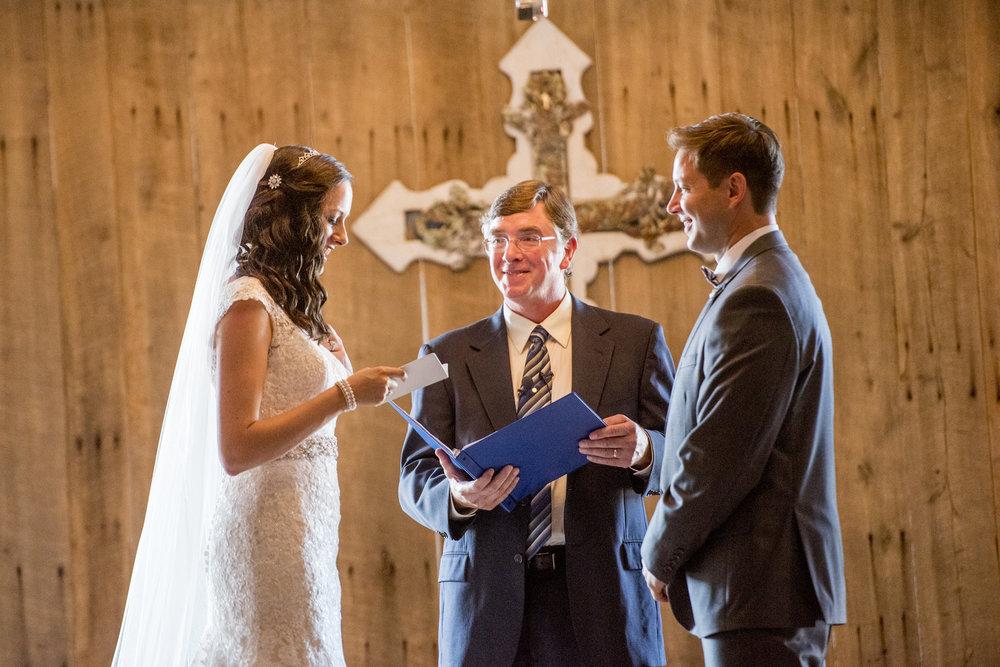 Seriously_Sabrina_Photography_Bowling_Green_Kentucky_Highland_Stables_Wedding_Wolff100.jpg