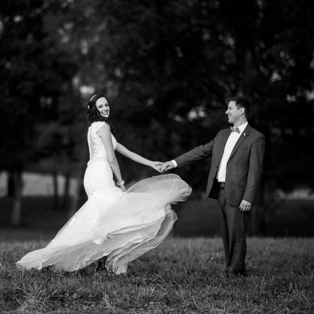 Seriously_Sabrina_Photography_Bowling_Green_Kentucky_Highland_Stables_Wedding_Wolff144.jpg