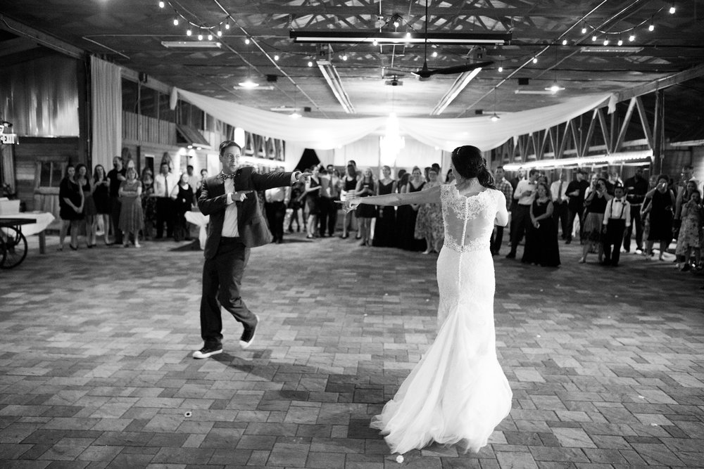 Seriously_Sabrina_Photography_Bowling_Green_Kentucky_Highland_Stables_Wedding_Wolff163.jpg