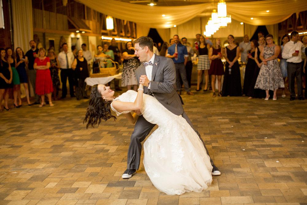 Seriously_Sabrina_Photography_Bowling_Green_Kentucky_Highland_Stables_Wedding_Wolff167.jpg