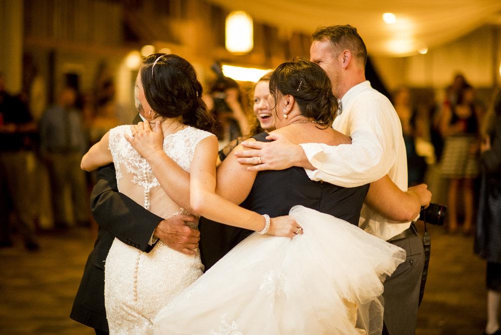 Seriously_Sabrina_Photography_Bowling_Green_Kentucky_Highland_Stables_Wedding_Wolff179.jpg