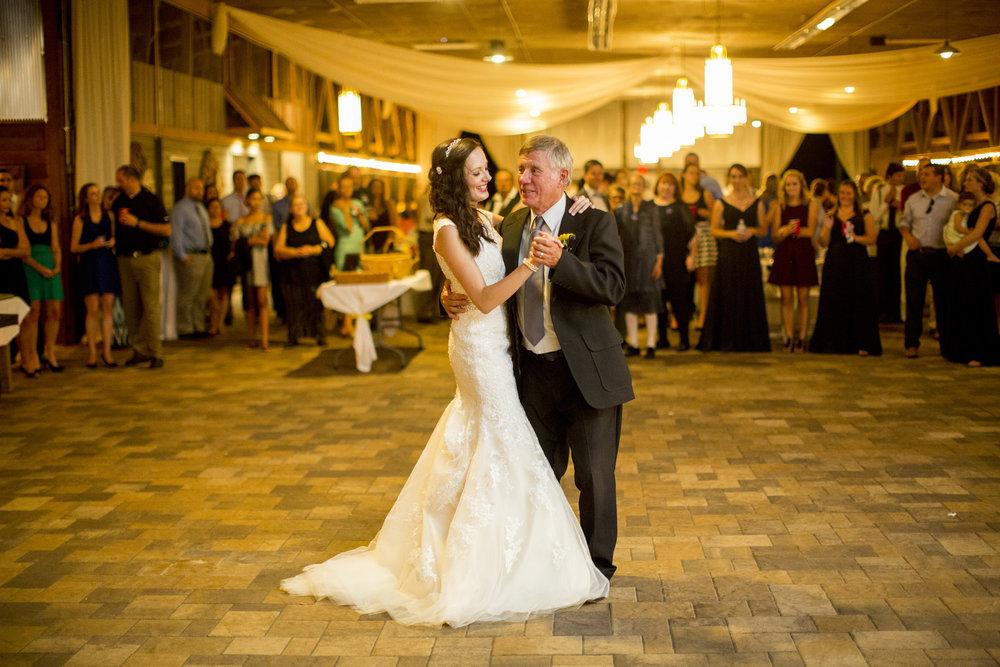 Seriously_Sabrina_Photography_Bowling_Green_Kentucky_Highland_Stables_Wedding_Wolff177.jpg