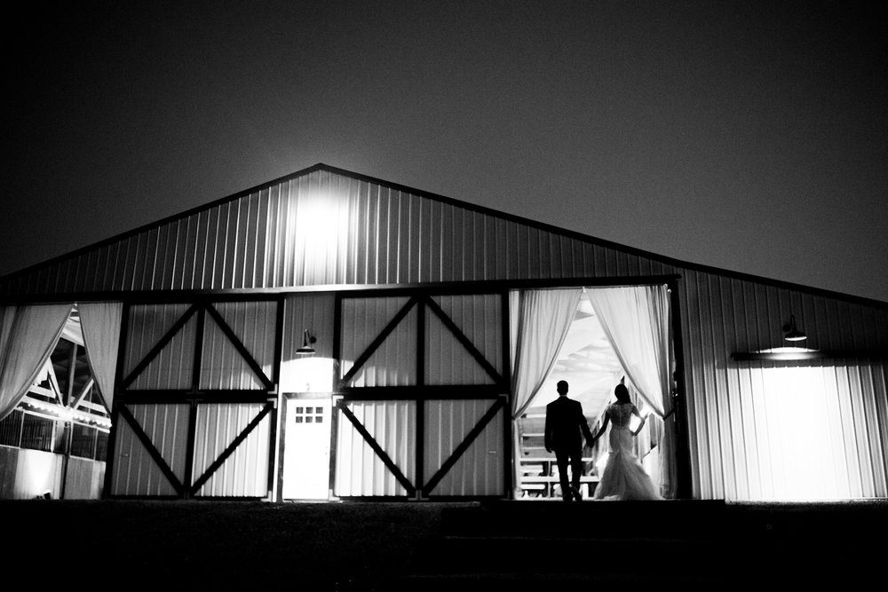 Seriously_Sabrina_Photography_Bowling_Green_Kentucky_Highland_Stables_Wedding_Wolff210.jpg