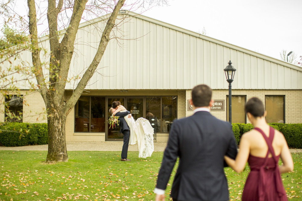 Seriously_Sabrina_Photography_Lexington_Kentucky_Fasig_Tipton_Wedding_Anderson111.jpg
