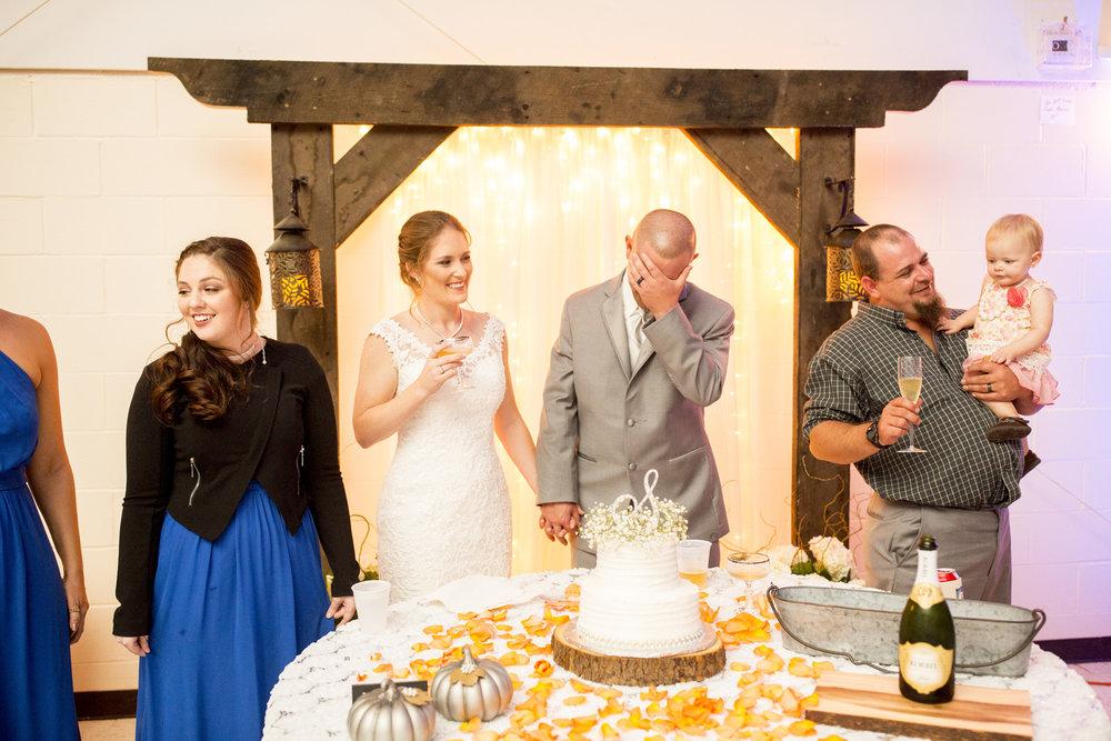 Seriously_Sabrina_Photography_Louisville_Kentucky_Wedding_Smallwood104.jpg