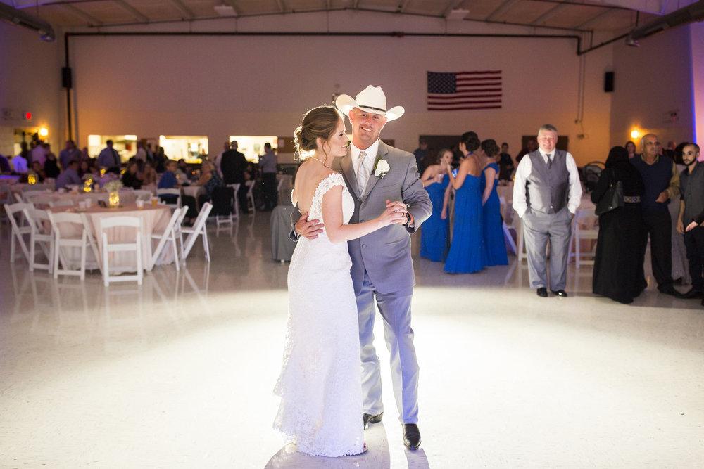 Seriously_Sabrina_Photography_Louisville_Kentucky_Wedding_Smallwood114.jpg