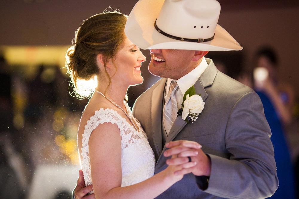 Seriously_Sabrina_Photography_Louisville_Kentucky_Wedding_Smallwood115.jpg