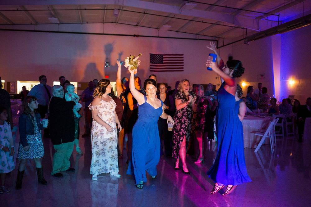 Seriously_Sabrina_Photography_Louisville_Kentucky_Wedding_Smallwood127.jpg
