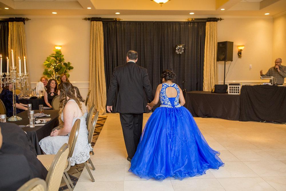 Seriously_Sabrina_Photography_Lexington_Kentucky_Quinceañera_Signature_Club_Mari_Castle34.jpg