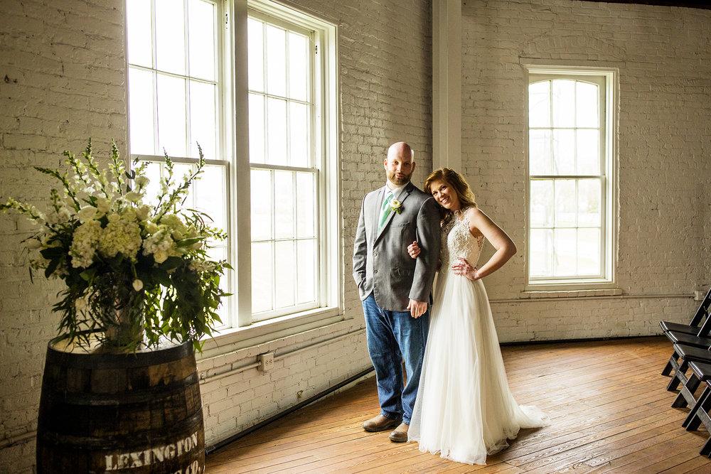 Seriously_Sabrina_Photography_Lexington_Kentucky_Red_Barn_Red_Mile_Wedding_Detoma34.jpg