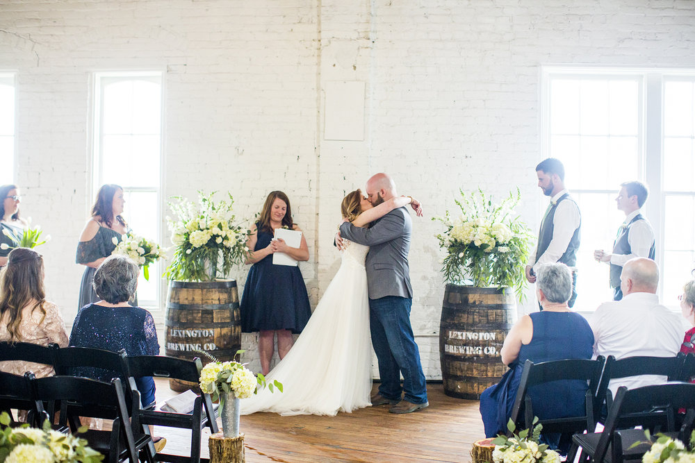 Seriously_Sabrina_Photography_Lexington_Kentucky_Red_Barn_Red_Mile_Wedding_Detoma62.jpg