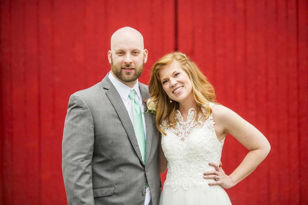 Seriously_Sabrina_Photography_Lexington_Kentucky_Red_Barn_Red_Mile_Wedding_Detoma67.jpg