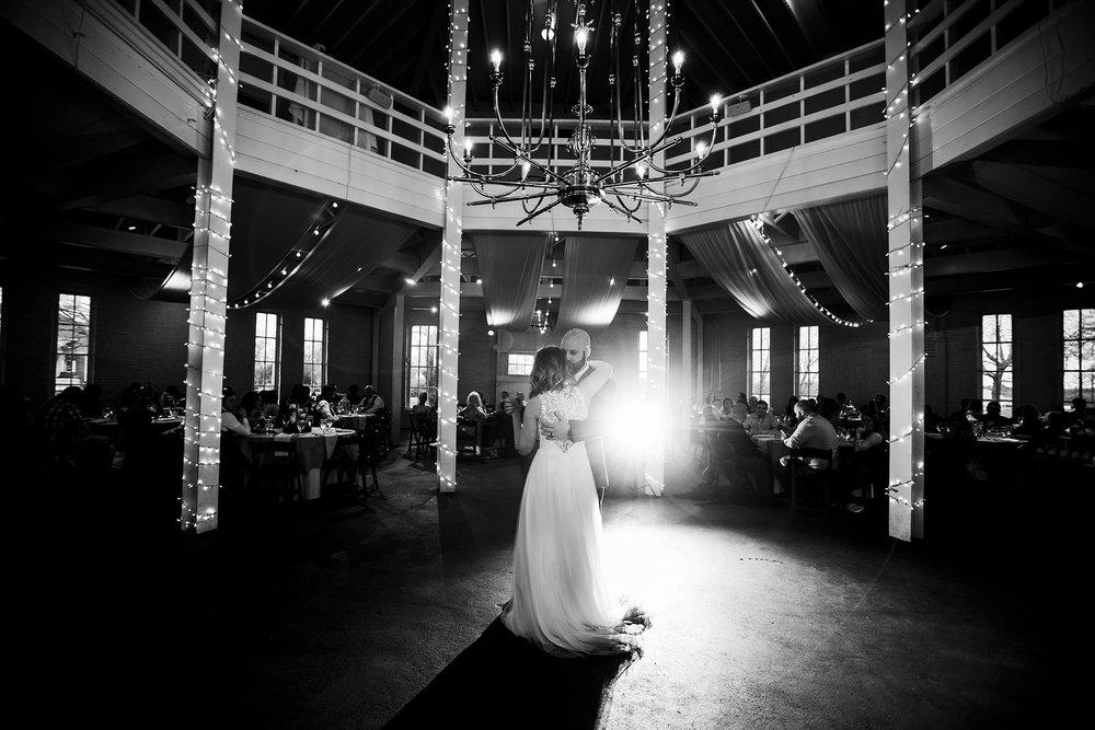 Seriously_Sabrina_Photography_Lexington_Kentucky_Red_Barn_Red_Mile_Wedding_Detoma82.jpg