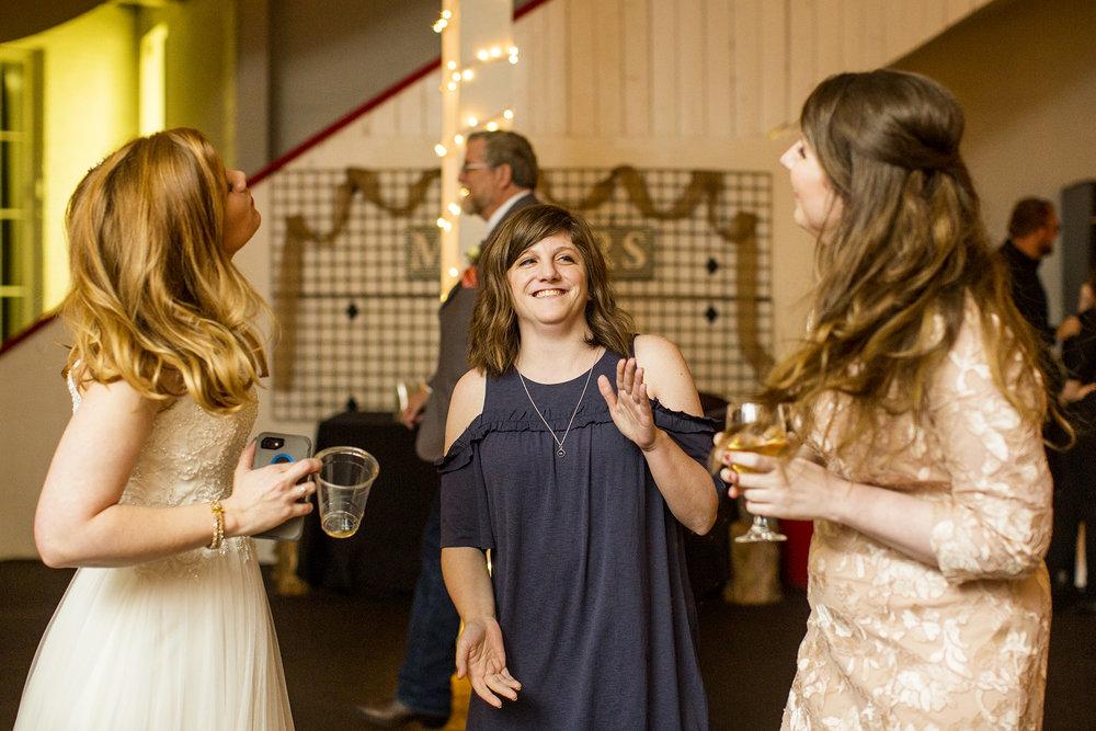 Seriously_Sabrina_Photography_Lexington_Kentucky_Red_Barn_Red_Mile_Wedding_Detoma97.jpg