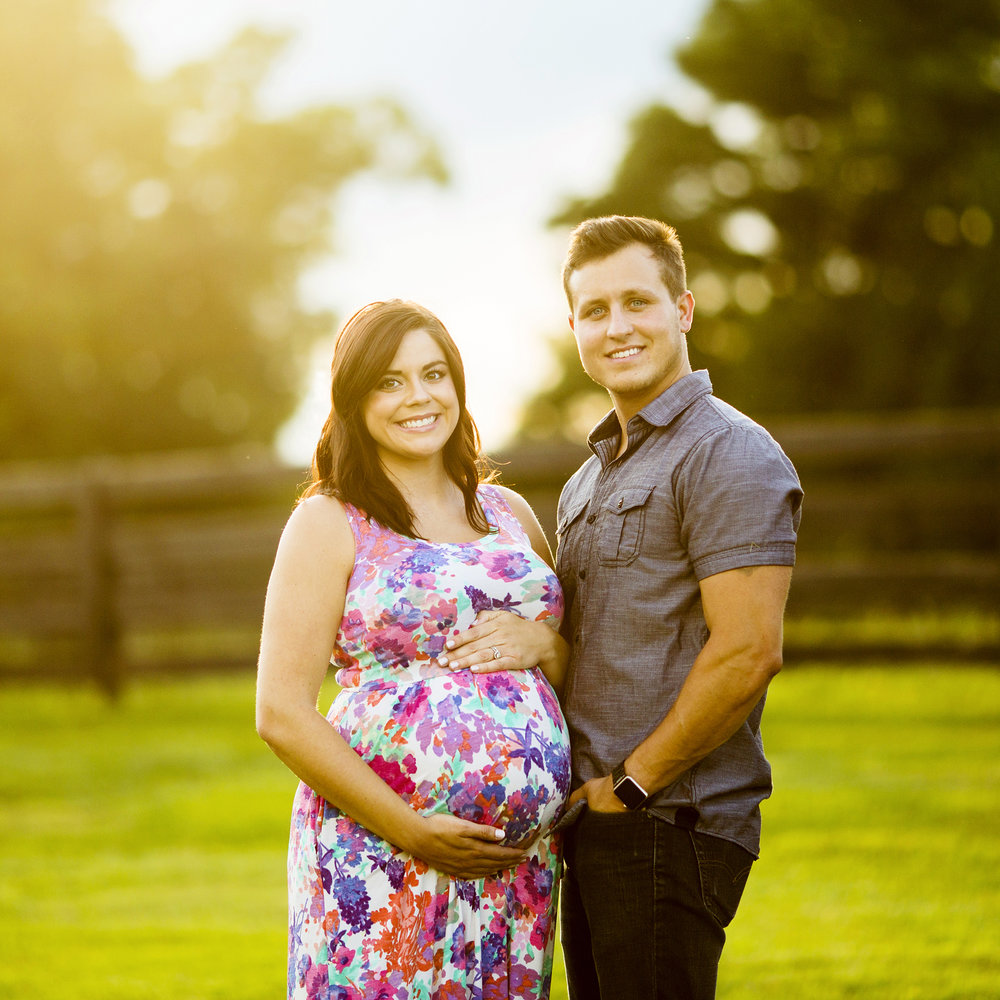 Seriously_Sabrina_Photography_Bardstown_Kentucky_Maternity_Portraits_Lee19.jpg