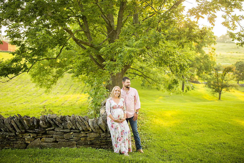Seriously_Sabrina_Photography_Lexington_Kentucky_Shakertown_Maternity_Armstrong16.jpg