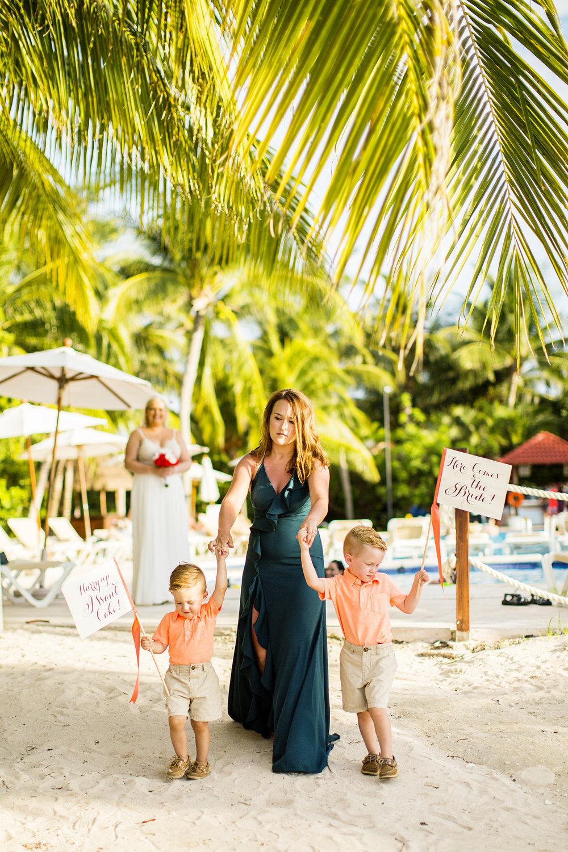 Seriously_Sabrina_Photography_Occidental_Cozumel_Mexico_Destination_wedding_Dunlap34.jpg