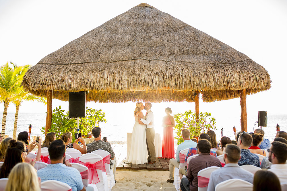 Seriously_Sabrina_Photography_Occidental_Cozumel_Mexico_Destination_wedding_Dunlap40.jpg