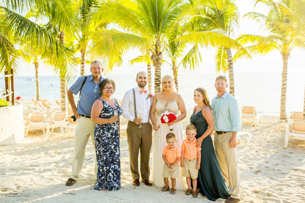 Seriously_Sabrina_Photography_Occidental_Cozumel_Mexico_Destination_wedding_Dunlap54.jpg