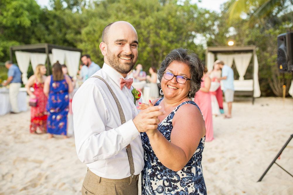 Seriously_Sabrina_Photography_Occidental_Cozumel_Mexico_Destination_wedding_Dunlap75.jpg
