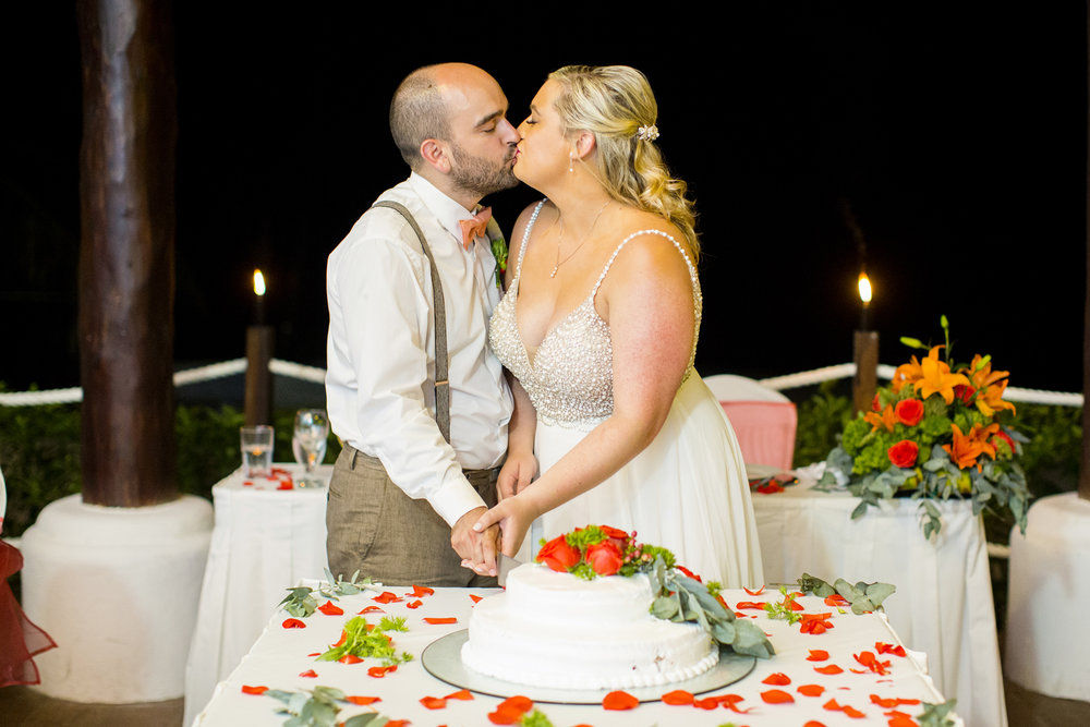 Seriously_Sabrina_Photography_Occidental_Cozumel_Mexico_Destination_wedding_Dunlap110.jpg